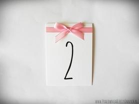 Numery stołów z wstążką i kokardą /RIBBON/