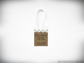 Zawieszki romantycznym stylu z koronką lub kokardką