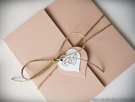 Rustykalne zaproszenia z eko-papieru (14)