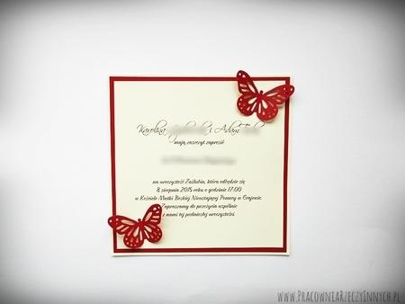 Zawiadomienie z motylkami w formie karty (1)