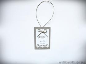 Zawieszki z eko papieru z koronką i sznurkiem