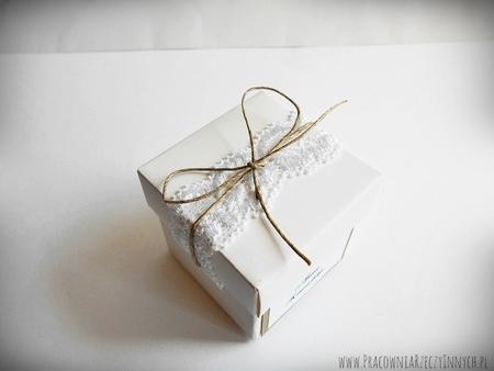 Rustykalne pudełeczko z wieczkiem i koronką (4)
