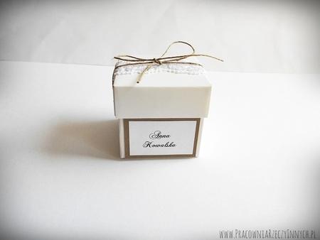 Rustykalne pudełeczko z wieczkiem i koronką (2)
