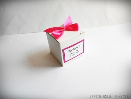Prezencik pudełeczko z serduszkiem (10)