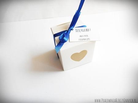 Pudełeczko dla gości z serduszkiem i tasiemką (5)