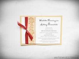 Zaproszenie w formie karty z koronką