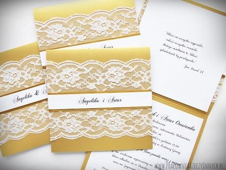 Kolorowe zaproszenia z koronkami (1)
