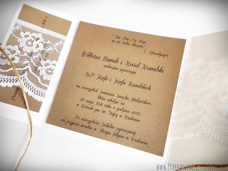 Romantyczne zaproszenia z eko papieru i koronki (13)