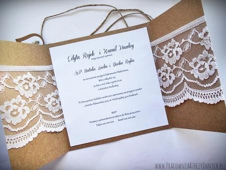 Romantyczne zaproszenia z eko papieru i koronki (5)