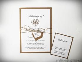 Zaproszenie ślubne z koronkowym srecem