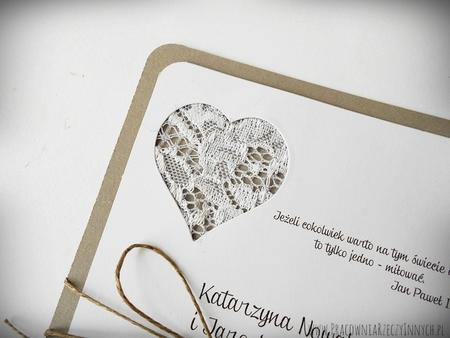 Rustykalne zaproszenie z koronką (4)