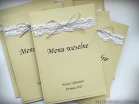 Rustykalna karta menu z koronką.