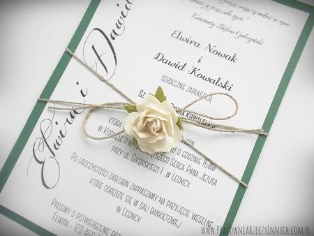 Romantyczne zaproszenia eko z kwiatem (3)