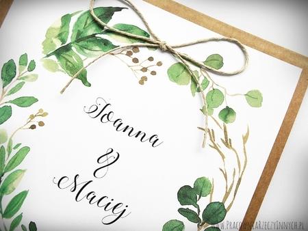 Rustykalne zaproszenia z motywem kwiatowym i kokardą. (16)
