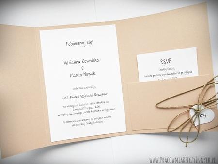 Zaproszenie z ekologicznego papieru z kieszonką i wkładką RSVP (6)