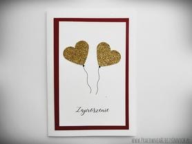Zaproszenia z brokatowymi balonami sercami