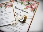 Zaproszenia z lustrzanym papierem i motywem kwiatowym (18)
