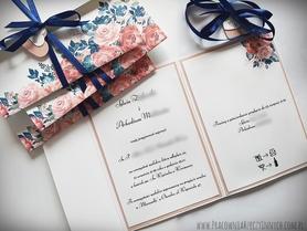 Kwiatowe zaproszenia w formie folderu