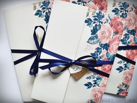 Kwiatowe zaproszenia w formie folderu (19)