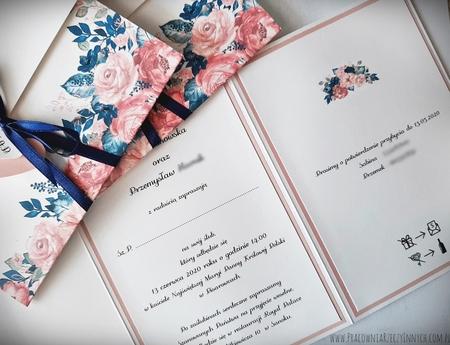 Kwiatowe zaproszenia w formie folderu (40)