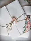 Kwiatowe zaproszenia w formie folderu (30)