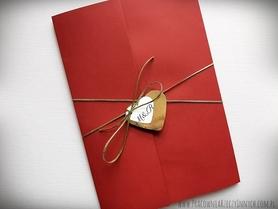 Eleganckie zaproszenia kopertowe ze złotem lub srebrem