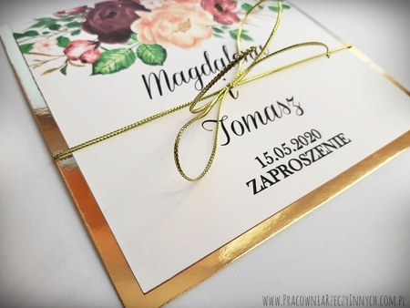 Złote lub srebrne zaproszenie z kwiatami (12)