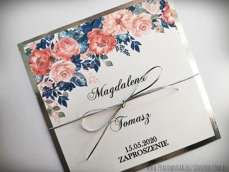 Złote lub srebrne zaproszenie z kwiatami (7)
