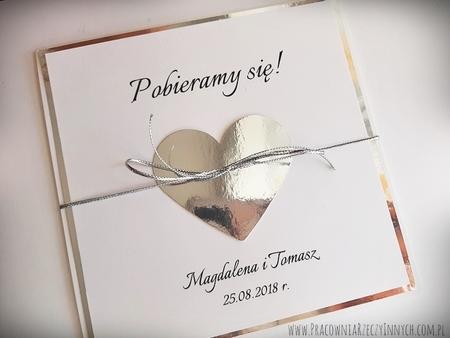 Złote lub srebrne zaproszenie z sercem (5)