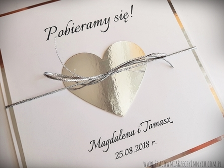 Złote lub srebrne zaproszenie z sercem (7)