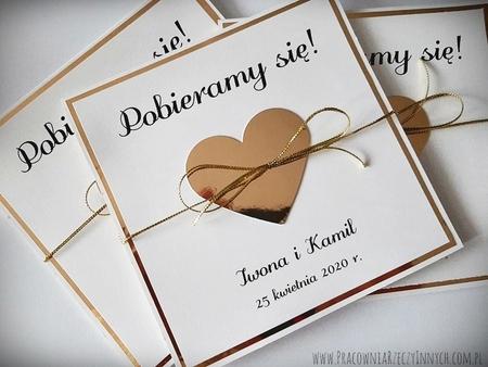 Złote lub srebrne zaproszenie z sercem (12)
