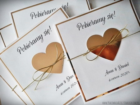 Złote lub srebrne zaproszenie z sercem (4)