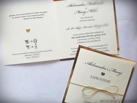 Klasyczne zaproszenia w kolorze złotym lub srebrnym (23)