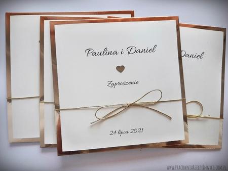 Klasyczne zaproszenia w kolorze złotym lub srebrnym (4)