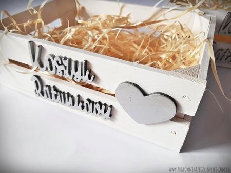 Koszyk ratunkowy biały malowany - drewniana skrzynka (1)